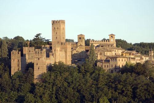 Un borgo medieavale intatto sui Colli Piacentini: Castell'Arquato