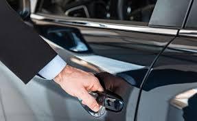 Chi può guidare auto a noleggio a lungo termine?