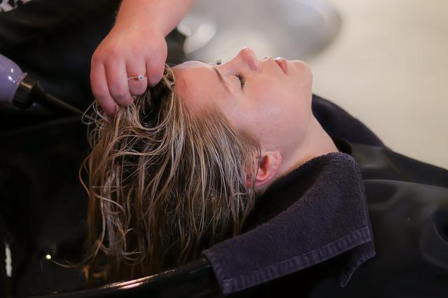 Shampoo lenitivo: cos'è e perché utilizzarlo?