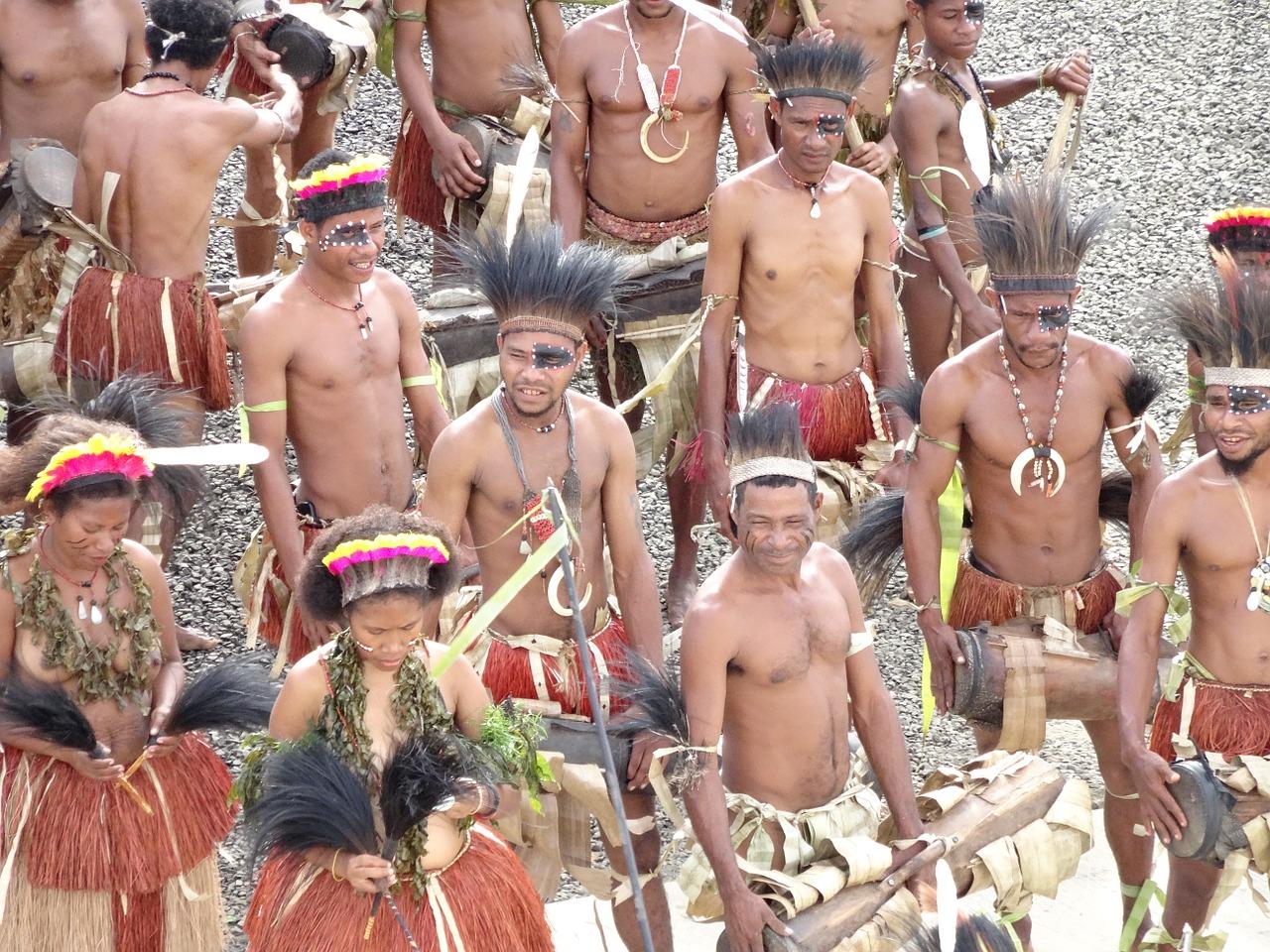 I papuani vivono in Nuova Guinea? Storia e curiosità del popolo
