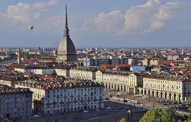 Come scegliere un buon Tour Operator a Torino