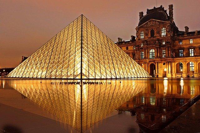 Museo del Louvre: tutta la storia del più famoso museo di Parigi